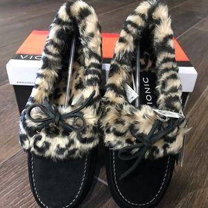 Vionic Cozy Juniper Slipper Shoe in Sz. 9
